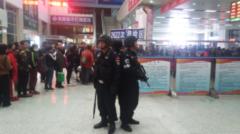 通辽铁路警方加大安检力度 为旅客出行守住人身安全防线