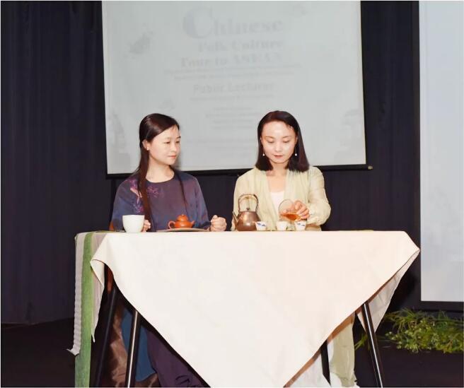 中国民俗文化东盟行,茶香花太极汇聚雅加达